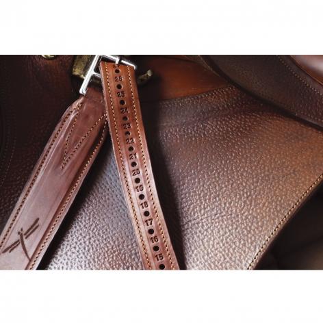 Classic Wide Stirrup Leathers Image 4
