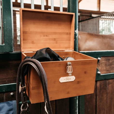 Grooming Deluxe Stable Box