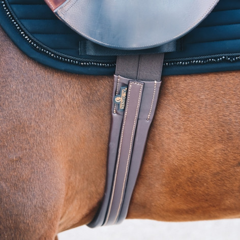 Young Horse Girth Image 4
