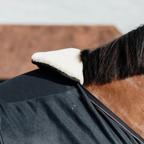 Wither Protection Sheepskin Bib Image 3